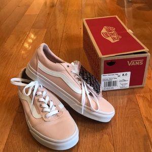 NWT Vans sneakers